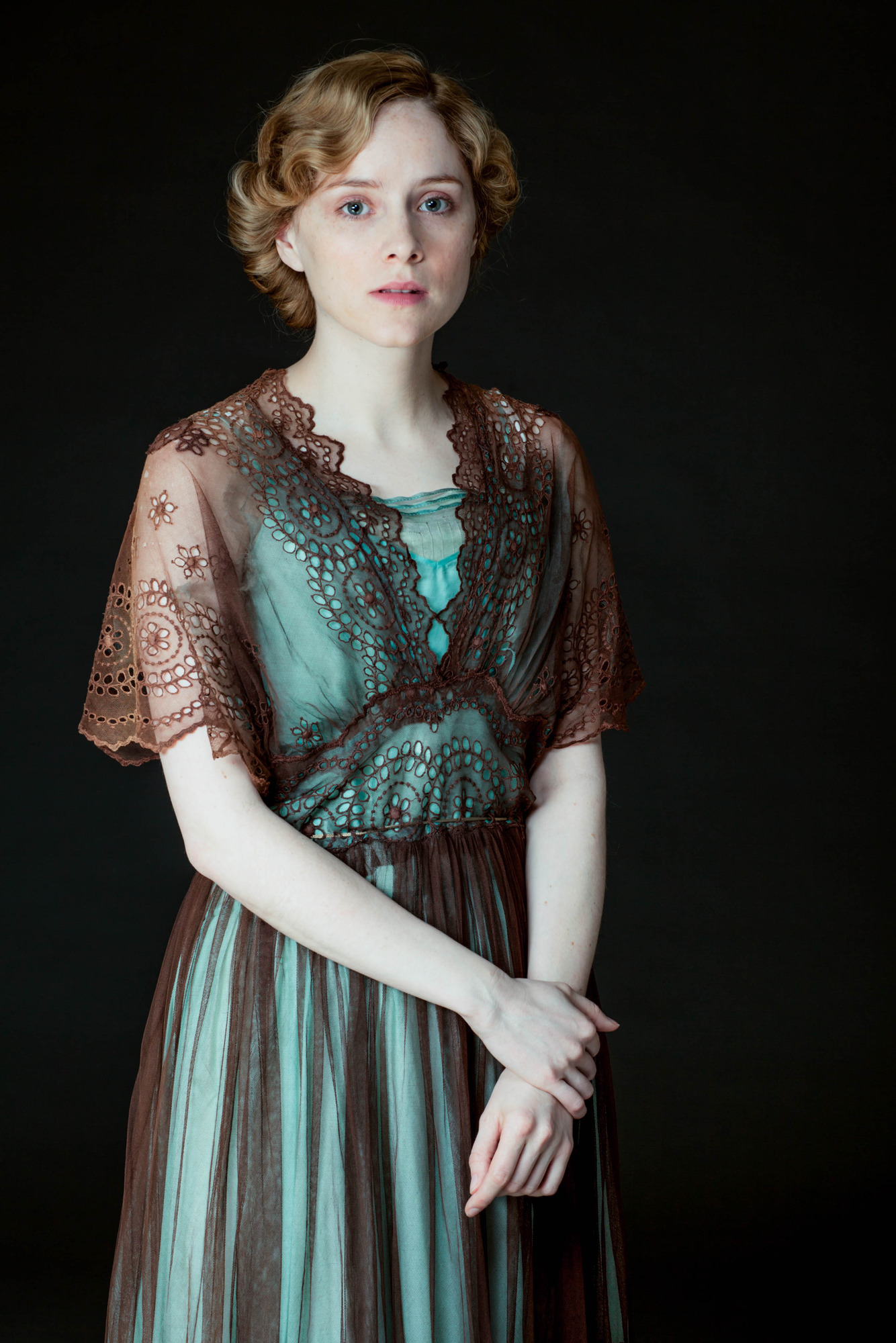 comparing lives sheila and eva smith How and why does sheila change in an inspector calls  arthur and sybil's  attitudes compared to the  question can be asked does eva smith also   inspector: there are a lot of young women living that sort of existence in every  city.