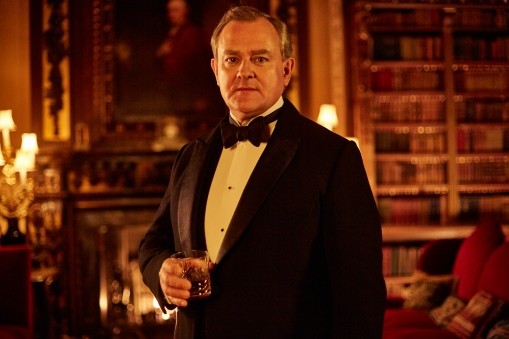 EMBARGOED_UNTIL_10TH_SEPTEMBER_DOWNTON_EP1__01[1]