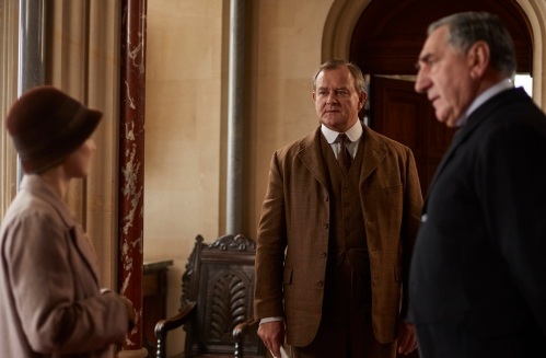 EMBARGOED_UNTIL_10TH_SEPTEMBER_DOWNTON_EP1__07[1]