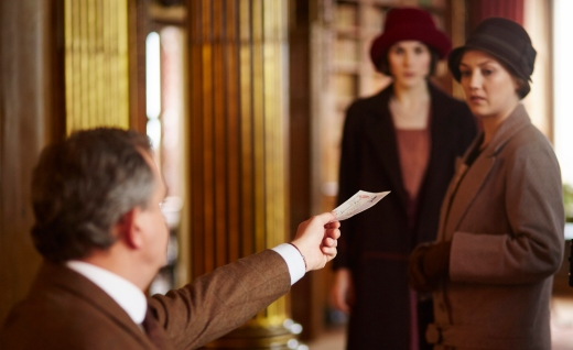 EMBARGOED_UNTIL_10TH_SEPTEMBER_DOWNTON_EP1__08[1]