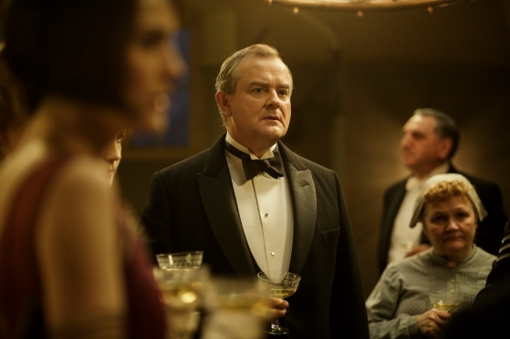 EMBARGOED_UNTIL_10TH_SEPTEMBER_DOWNTON_EP1__12[1]