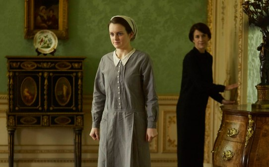 EMBARGOED_UNTIL_21ST_SEPTEMBER_DOWNTON_ABBEY_EP2__01[1]