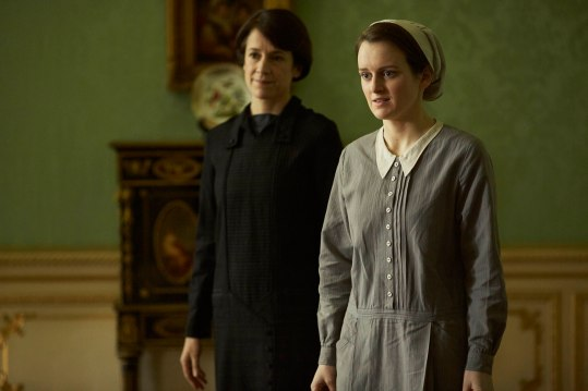 EMBARGOED_UNTIL_21ST_SEPTEMBER_DOWNTON_ABBEY_EP2__02[1]