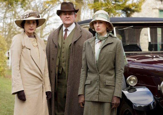 EMBARGOED_UNTIL_21ST_SEPTEMBER_DOWNTON_ABBEY_EP2__05[1]