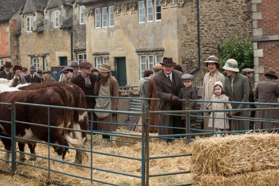 EMBARGOED_UNTIL_21ST_SEPTEMBER_DOWNTON_ABBEY_EP2__19[1]
