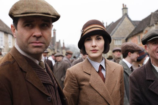 EMBARGOED_UNTIL_21ST_SEPTEMBER_DOWNTON_ABBEY_EP2__21[1]