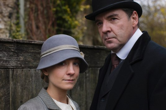 EMBARGOED_UNTIL_21ST_SEPTEMBER_DOWNTON_ABBEY_EP2__38[1]