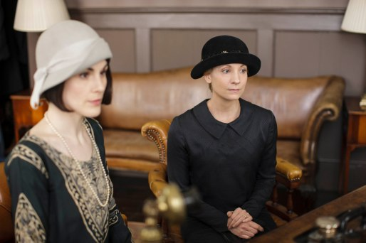 EMBARGOED_UNTIL_21ST_SEPTEMBER_DOWNTON_ABBEY_EP2__40[1]