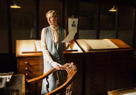 EMBARGOED_UNTIL_28TH_SEPTEMBER_DOWNTON_EP3_2015__10[1]