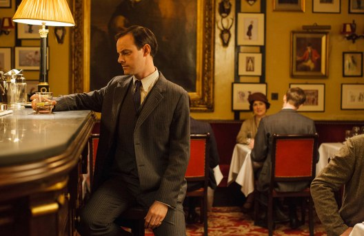 EMBARGOED_UNTIL_28TH_SEPTEMBER_DOWNTON_EP3_2015__12[1]