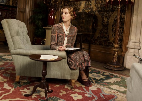 EMBARGOED_UNTIL_19TH_OCTOBER_DOWNTONEP6__03[1]