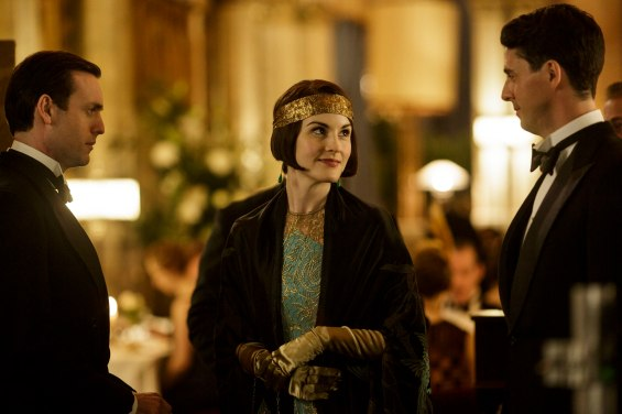 EMBARGOED_UNTIL_19TH_OCTOBER_DOWNTONEP6__20[1]
