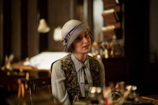 EMBARGOED_UNTIL_27TH_OCT_DOWNTON_EP7_01[1]