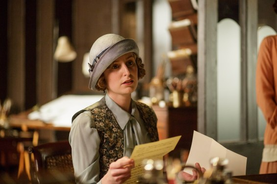 EMBARGOED_UNTIL_27TH_OCT_DOWNTON_EP7_02[1]