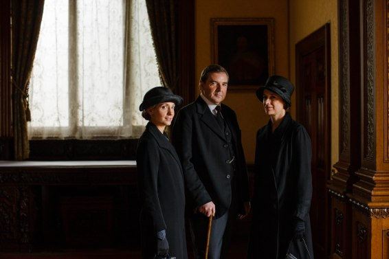 EMBARGOED_UNTIL_27TH_OCT_DOWNTON_EP7_05[1]
