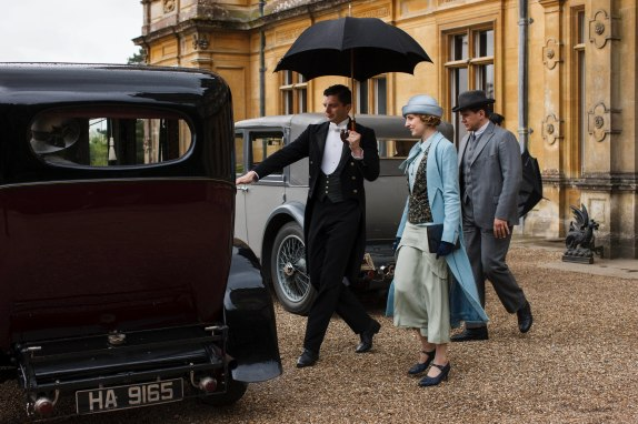 EMBARGOED_UNTIL_27TH_OCT_DOWNTON_EP7_06[1]