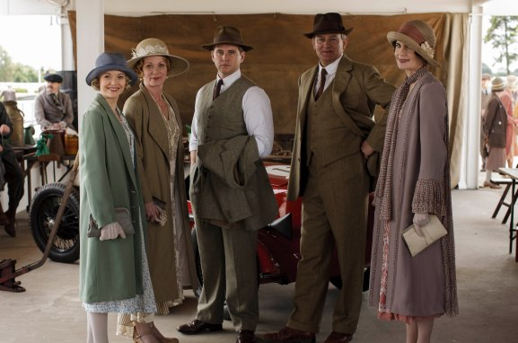 EMBARGOED_UNTIL_27TH_OCT_DOWNTON_EP7_19[1]