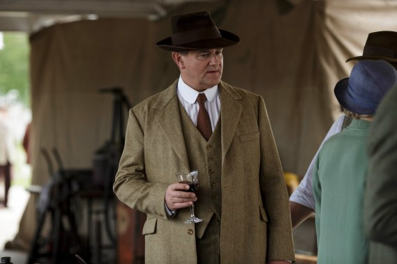 EMBARGOED_UNTIL_27TH_OCT_DOWNTON_EP7_20[1]