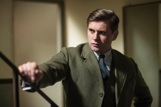 EMBARGOED_UNTIL_5_OCTOBER_DOWNTON_ABBEY_EPISODE4__30[1]