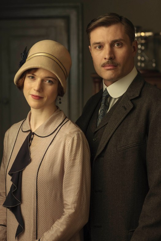 EMBARGOED_UNTIL_5_OCTOBER_DOWNTON_ABBEY_EPISODE4__34[1]