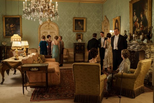 EMBARGOED_UNTIL_5_OCTOBER_DOWNTON_ABBEY_EPISODE4__48[1]