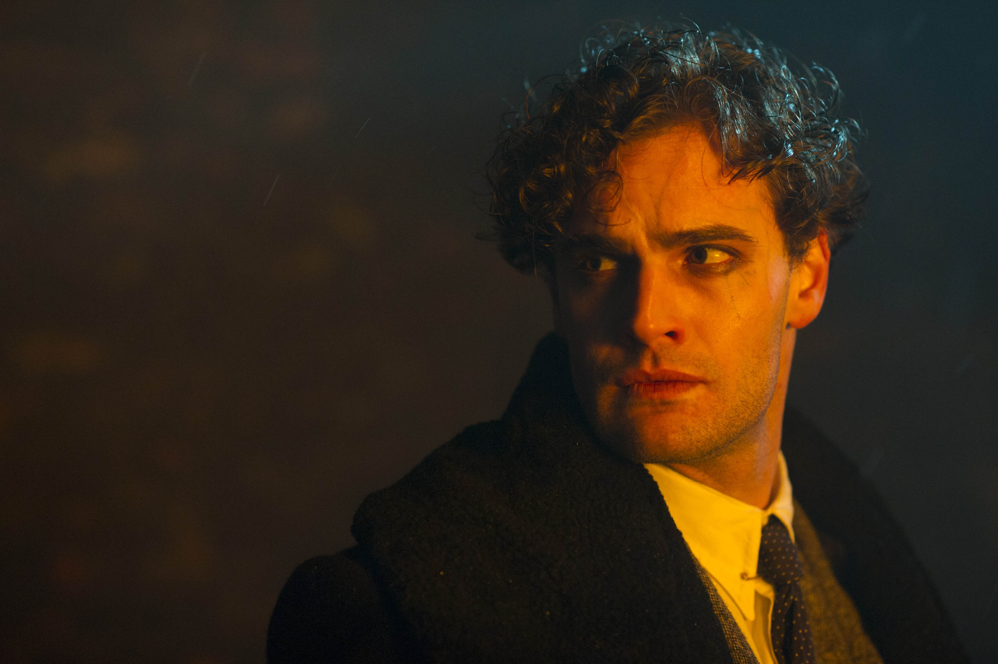 jekyll and hyde Hyde represents an unsuspected or hidden evil side to a person's character  jekyll and hyde are the primary characters in the 1886 story by robert louis.