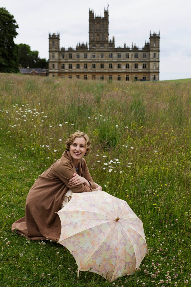 EMBARGOED_DOWNTONEP8__29[1]