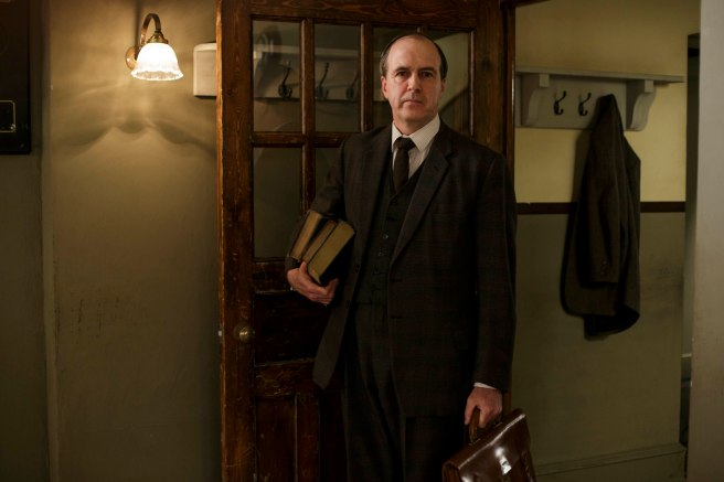 EMBARGOED_DOWNTONEP8__47[1]