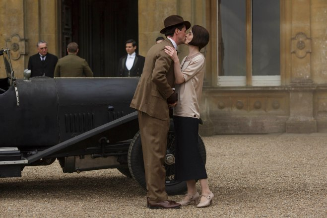 EMBARGOED_UNTIL_8_DECEMBER_DOWNTON_ABBEY_10[1]