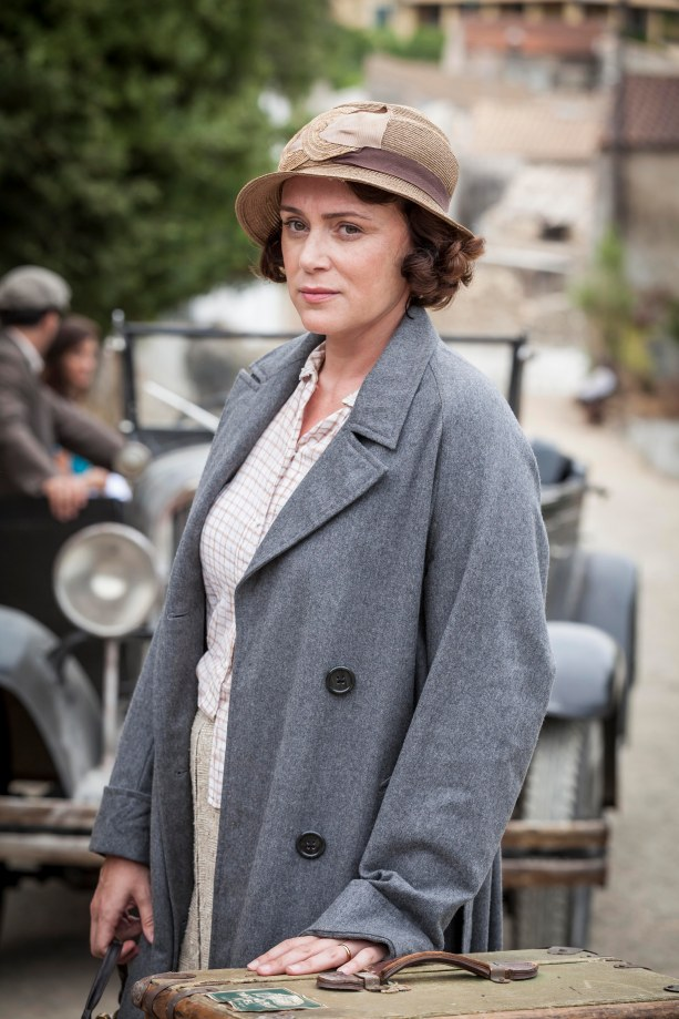 THE_DURRELLS_EP1_04[1]