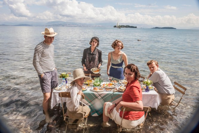 THE_DURRELLS_EP2_02[1]