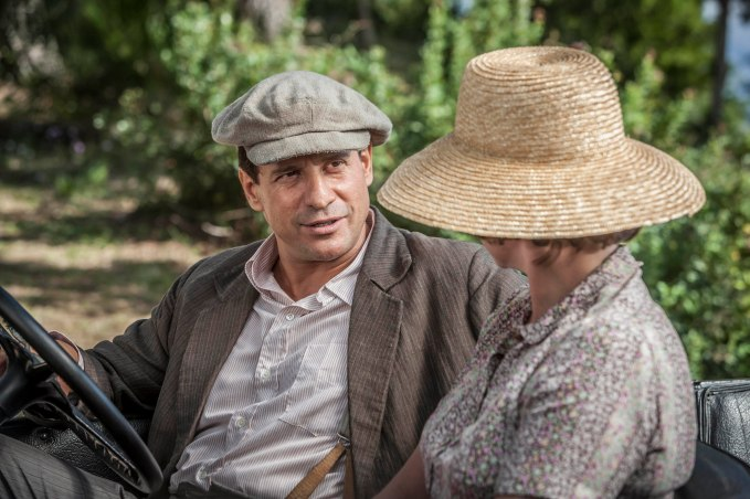 THE_DURRELLS_EP2_10[1]