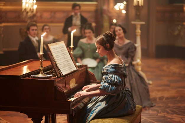 EMBARGOED_UNTIL_30TH_AUGUST_VICTORIA_EP3_40A[1]