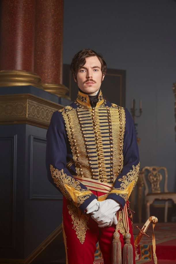 EMBARGOED_UNTIL_6TH_SEPT_VICTORIA_EP4_48[1]